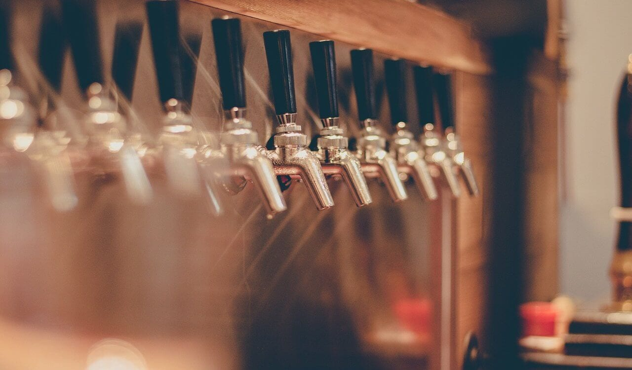 Long Island Beer Taps - Long Island Brewery Tours
